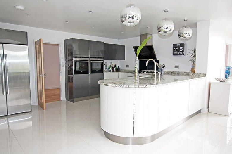 Những mẫu thiết kế nội thất bếp sang trọng & tinh tế Thiet-ke-noi-that-bep-sang-trong-cho-can-ho-5